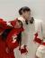 伝碧儿カップル装秋冬装2019新着品韓国ファンシーの着回しは違っています。クリスマスの赤いセタの女の子ins超火懒惰風ニコの外に赤いMを着ます。